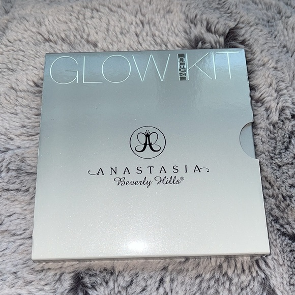 Anastasia Beverly Hill Glow Kit Cleam